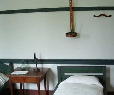 photo of Shaker Bedroom by John Hunter